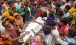জামালপুরে গার্মেন্টস কর্মী হত্যার প্রতিবাদে অবরোধ, ভাংচুর