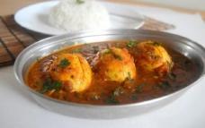 ব্যাচেলর'স রেসিপি: সহজ ডিম রান্না